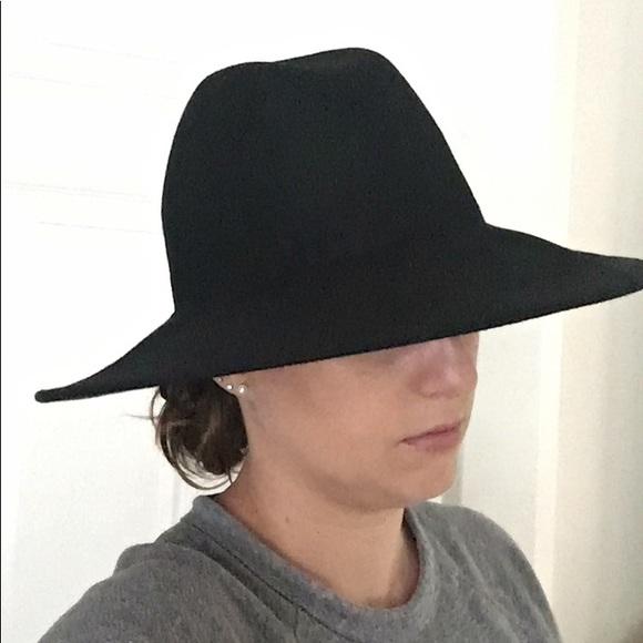 27111805b98 Ecote Accessories - Black long brimmed hat